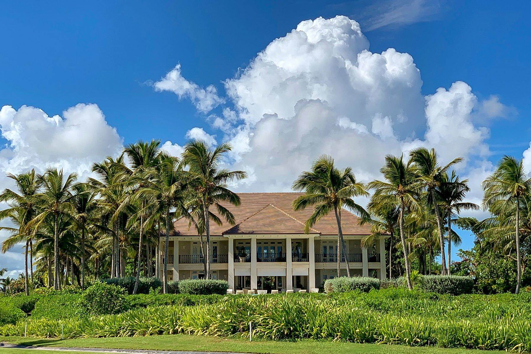 Single Family Homes für Verkauf beim Corales # 50 – Ocean Views and Endless Fairways close to the Beach Corales # 50, Puntacana Resort & Club Punta Cana, La Altagracia 23000 Dominikanische Republik