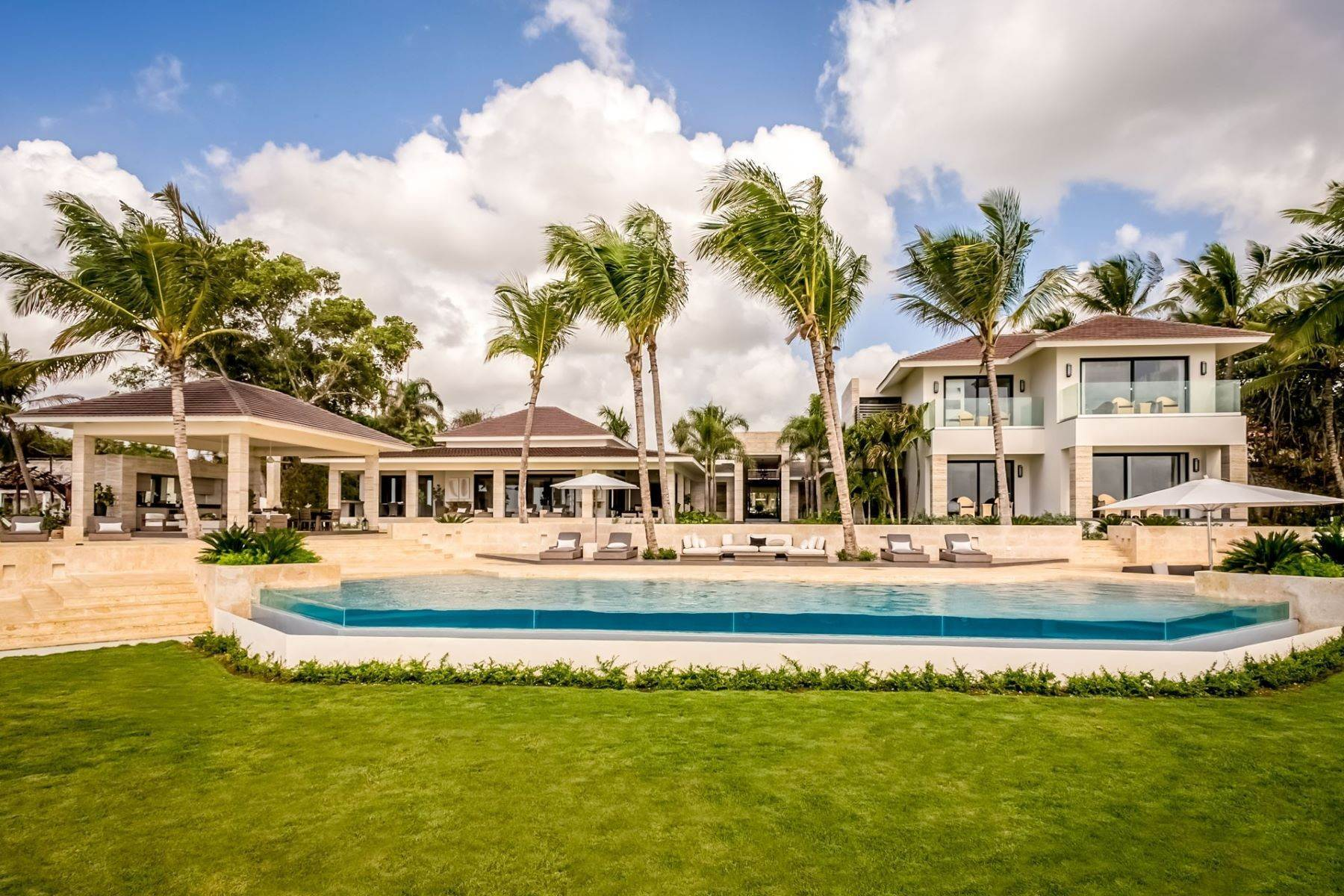 Single Family Homes at Fantastic, Brand New and Fabulous with a Private Beach Casa De Campo, La Romana Dominican Republic